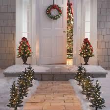 Lantern Decorating Ideas For Christmas Christmas Decorations Ideas Com Cool Lanterns Decorated For