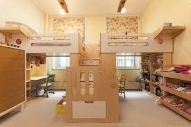 Deco Chambre High Amazing Cardboard Idée Déco Chambre La Chambre Enfant Partagée Mezzanine