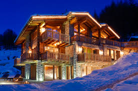 luxury log cabins top 5 most luxurious in the world