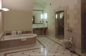 creative bathroom designs and bathroom remodeling ideas
