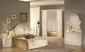 High Gloss Bedroom Furniture by Italian Beige High Gloss Bedroom Furniture Set Homegenies