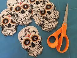Dia De Los Muertos Home Decor Dia De Los Muertos Ornaments Made From Dollar Store Paper Plates