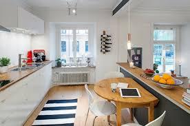 photo cuisine semi ouverte comment meubler votre cuisine semi ouverte placard blanc cuisine