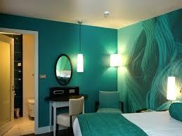 la peinture des chambres idee peinture chambre idace peinture de chambre adulte verte tby