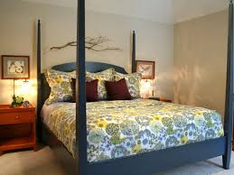 bedroom bedroom heavenly of girl teenage bedroom using dark blue bedroom bedroom heavenly of girl teenage bedroom using dark blue high poster bed frame including light yellow blue flower bed sheet and cream bedroom wall