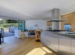 Ellen Degeneres Interior Design See Ellen Degeneres U0027s Newest Home Go Inside The 18m Oceanfront