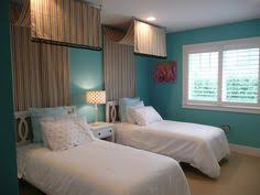 room paint color is drizzle by sherwin williams letter and