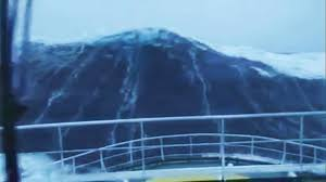 How Many Feet Is 150 Meters 100 Foot Wave Hits Ship Youtube