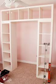 Diy Build Shelves In Closet by Best 25 Closet Desk Ideas On Pinterest Closet Office Closet