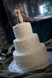 simple wedding cake decorations best 25 simple cakes ideas on wedding