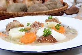 iers de cuisine ierse hutspot een specialiteit ierland stock afbeelding