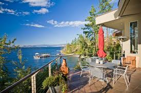 Home Decor Kelowna by 5570 Lakeshore Road Kelowna 500 Ft Of Waterfront On Okanagan Lake