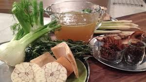 fondue vietnamienne cuisine asiatique base de bouillon de volaille version asiatique italienne