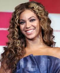 beyonce knowles long curls beyonce knowles long hairstyles looks