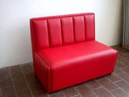 divanetti usati divani per discoteca pub locali pubblici a kijiji
