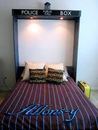 Dr Who Duvet Rest Up In A U0027doctor Who U0027 Tardis Bed For Sleepy Time Lords Cnet