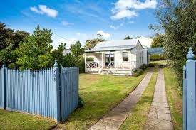 205 ocean beach road sorrento house for sale 101716 jellis craig