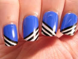 blue and white nail polish how you can do it at home pictures