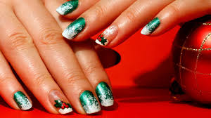 green and red nail art and nailsart