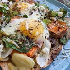dinner egg recipes how to make eggs for dinner healthy egg recipes fitness magazine