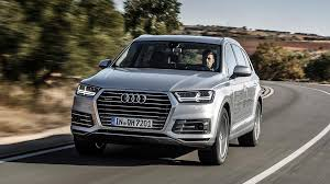 audi q7 autotrader audi confirms q7 e hybrid will be sold in the uk auto trader uk