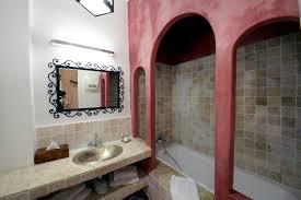 hotel de charme avec dans la chambre chambre supérieure romantique ahlem hôtel original