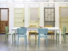 Farbige Holzstuhl Für Bars Und Restaurants Idfdesign