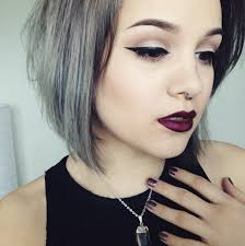 short hair popular hair colors woman over 35 will love this grey hair trend the glow