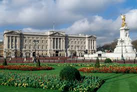 Queen Elizabeth Ii House by Queen Elizabeth Turns 90 A Look At Her Wealth And Perks Fortune