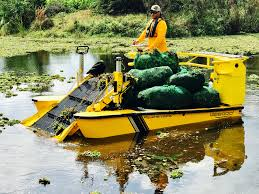 lake weed cutter aquatic weed removal u0026 harvester boats weedoo