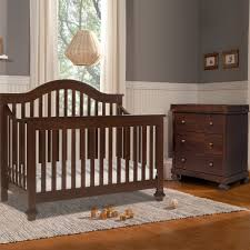 4 In 1 Crib With Changing Table Davinci 2 Piece Nursery Set Clover 4 In 1 Convertible Crib And