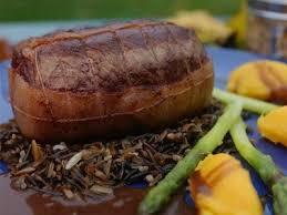 cuisiner cerf recette de cerf du québec rôti de cerf au thé tchaï et