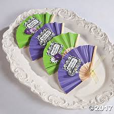 wedding favors fans favor fans idea
