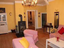 40 Square Meters by 3 Bedroom Apartment In The Manor House 120 Square Meters Holiday