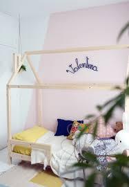 cabane enfant chambre diy un lit cabane pour une chambre d enfant decouvrirdesign