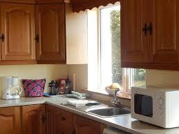 cuisine entierement equipee la cuisine à la maison de vacances doolin cottage location