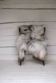 Faux Fox Fur Throw Top 25 Best Grey Fur Throw Ideas On Pinterest Fur Throw Grey