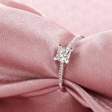 urban fallos ring holder images Diamond rings sale images jpg