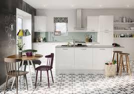 gloss white shaker kitchen units u0026 cabinets magnet kitchens