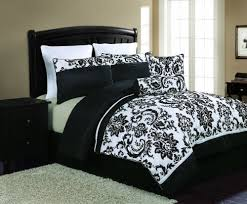 Grey And White Bedding Sets Black White Bedding Set Pros And Cons Of White Comforter Trina