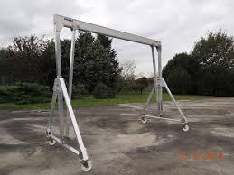jib crane wall bracket swing hoists spreader beams lifting