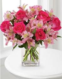 pink bouquet flowers dreamland pink bouquet with vase ftd florist flower and