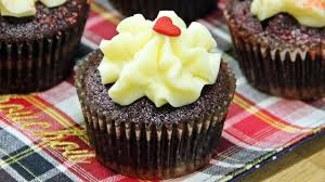foolproof cream cheese frosting stiff and heat proof recipe
