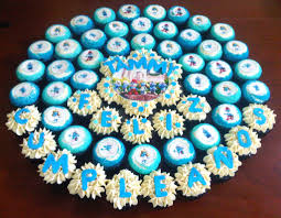 smurfs cupcake cake miss cupcakes flickr