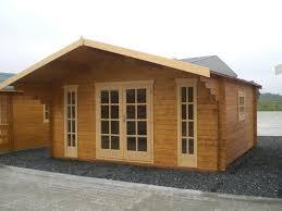 Holzhaus Zu Kaufen Gesucht Garten Akzent Gartenhäuser Ferienhäuser Aus Holz Ferienhäuser