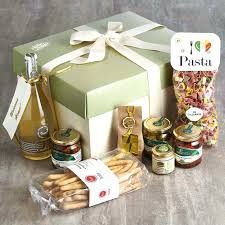 honeymoon gift basket honeymoon gift basket wedding for and groom