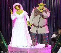 princess fiona u0027s expecting ogre u0027 shrek star amanda holden u0027s
