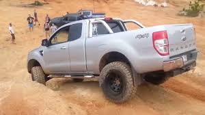 ford ranger road tyres glass house mountains 4x4 ford ranger px snaps front drive shaft