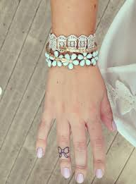 bow tattoos fingers tattoo tattoo inspiration finger tattoos bows