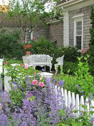 kleiner garten gestalten gartenideen für kleine gärten wie sie ihren außenbereich schöner